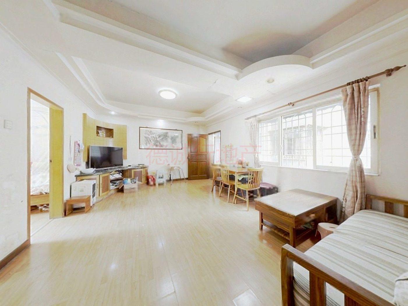 金影花园 3室1厅1卫南朝向 仅售298万元