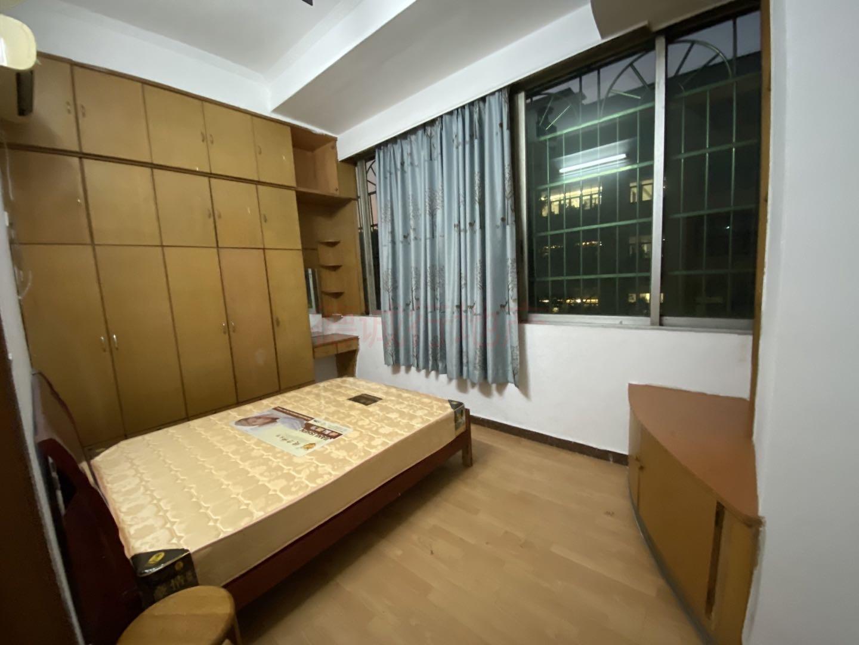 越华路118号大院3室1厅1卫仅560万元