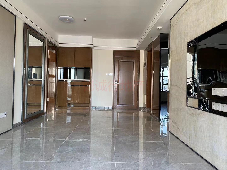 海珠小雅2室2厅1卫南朝向仅425万元