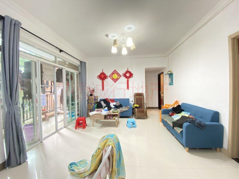 怡新花园3室2厅2卫南北朝向仅518万元