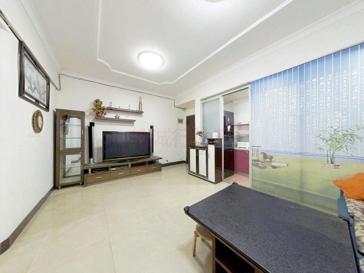 三荣大厦 电梯超实用户型 2室1厅1卫仅370万元