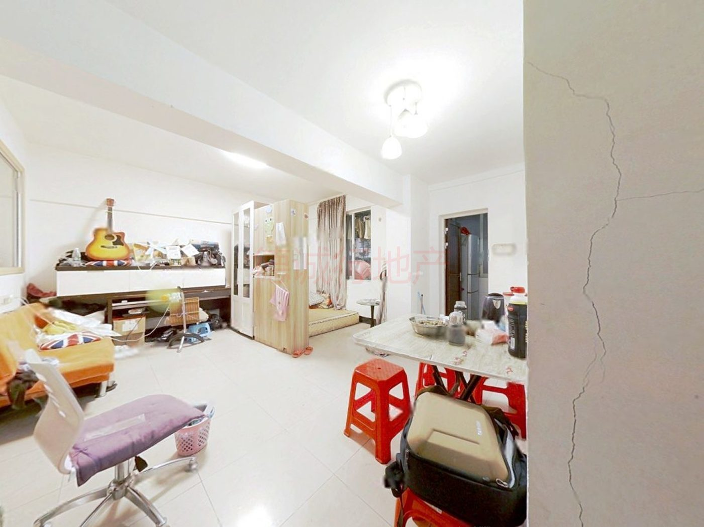 先烈东横路36号大院2室1厅1卫仅210万元