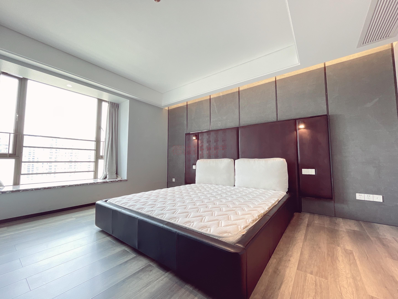 中海花城湾3室2厅2卫