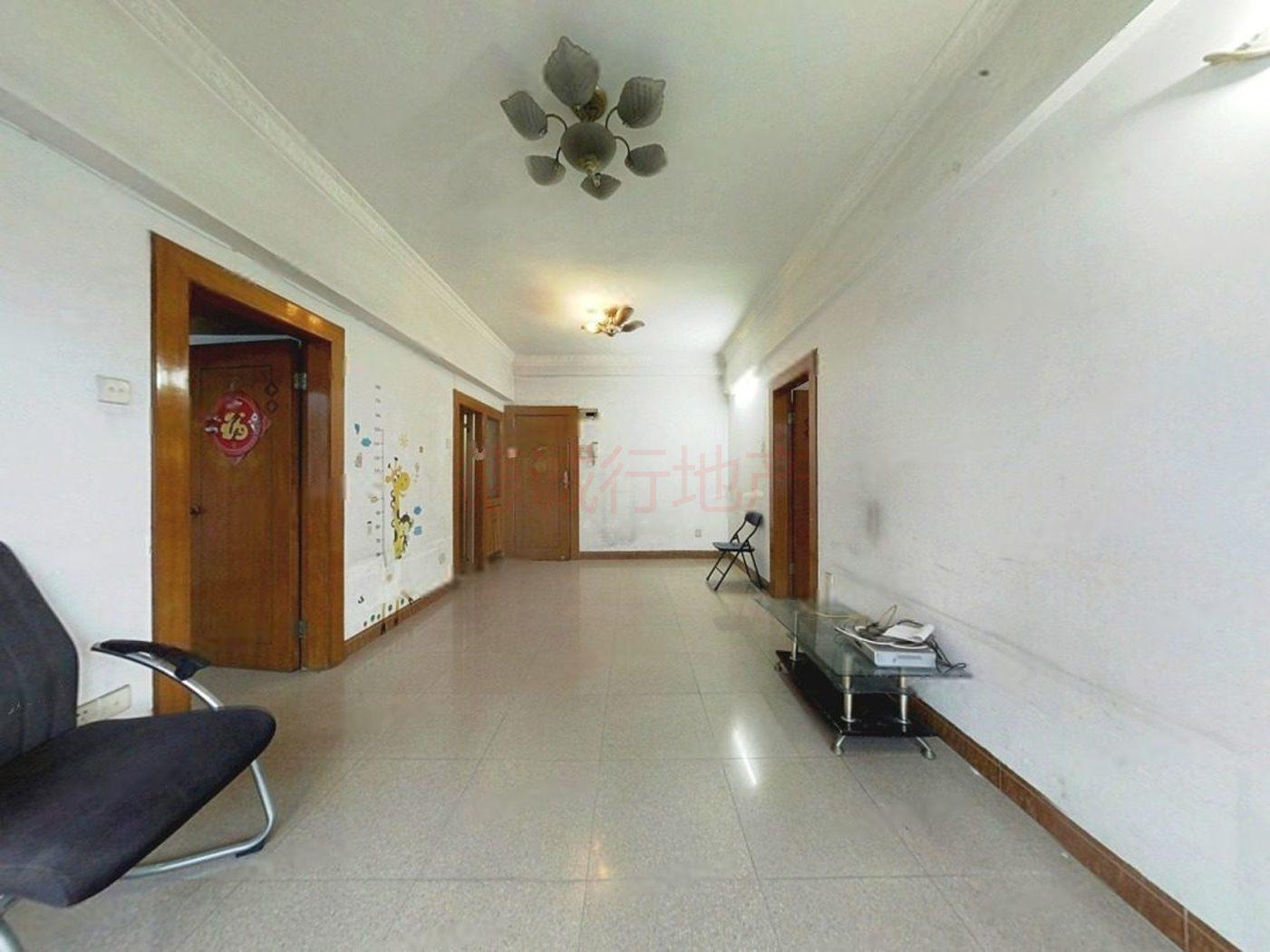 金丰花园2室1厅1卫南朝向仅208万元 随时可以看房
