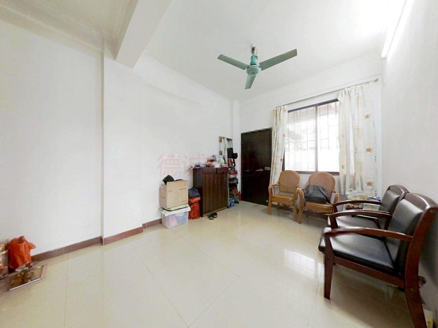 先烈东横路2室1厅1卫仅158万元